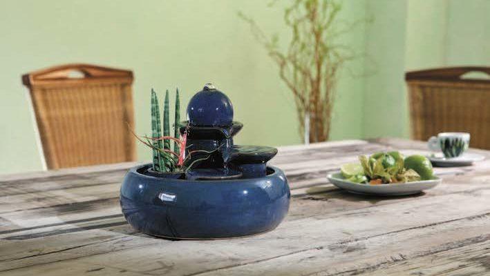 Les fontaines d'intérieur existent dans pratiquement tous les modèles, et toutes les tailles ! Il est donc assez facile de trouver le modèle idéal pour orner son habitation. Photo : Seliger®