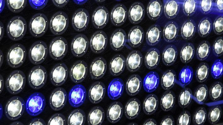 Les LED, ou diodes électroluminescentes, font partie des innovations majeures qui vont bouleverser l'éclairage aquariophile. Cette technologie présente un grand nombre d'avantages et quelques inconvénients qu'il est temps d'aborder scrupuleusement. Photo : Aqua Press